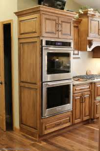 kitchen oven cabinets 25 best ideas about wall ovens on pinterest double ovens ovens and kitchen oven