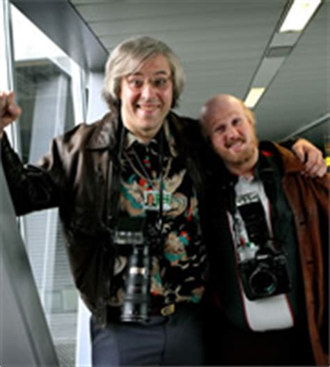 matt lucas airport comedy come fly with me series 1 come fly on the wall