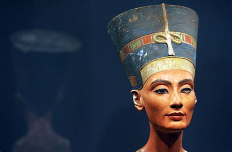 egyptian men in bed whazzup egypt king tutankhamun most likely died of