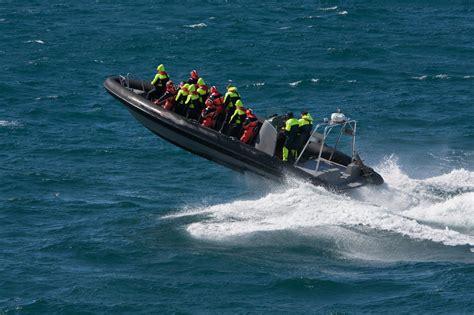 speedboot warnemünde motorisiertes festrumpfschlauchboot fahren fun4you
