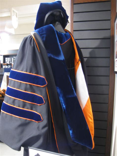 Georgetown Mba Graduation Robes by Academic Regalia In The United States Wiki Everipedia