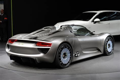 porsche hybrid 918 porsche 918 spyder hybrid available for order extravaganzi