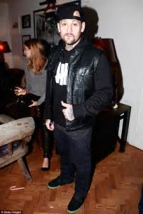 Benji Madden Cribs by Joel Madden S Benji Pulled By In