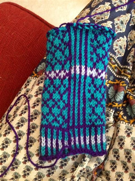 knit and tonic knit and tonic loretta gets a new sweater for