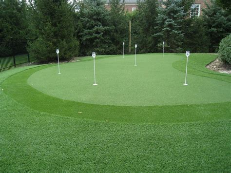 How To Build A Golf Green In Your Backyard a tutorial to build your own putting green