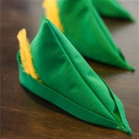 How To Make A Robin Hat Out Of Paper - 17 best images about disney crafts on disney