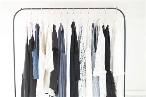 how to build the timeless capsule wardrobe