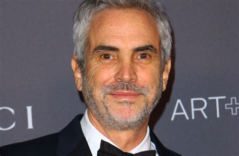 alfonso cuaron and roma alfonso cuar 243 n roma interview netflix deal