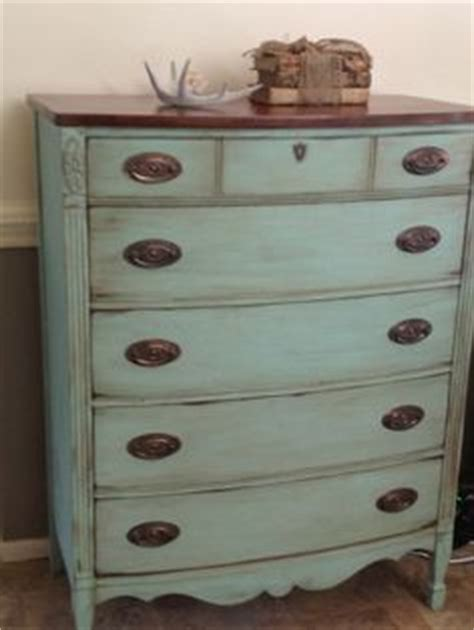 How To Refurbish An Dresser by 1000 Ideas About Chest Of Drawers On Dressers