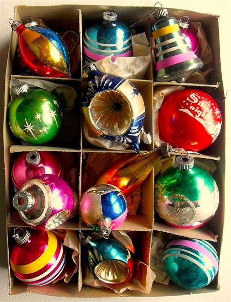 1950s christmas ornaments 1940s 1950s vintage ornaments shiny brite box flickr