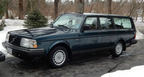 find   volvo  wagon blue green  moody maine united states