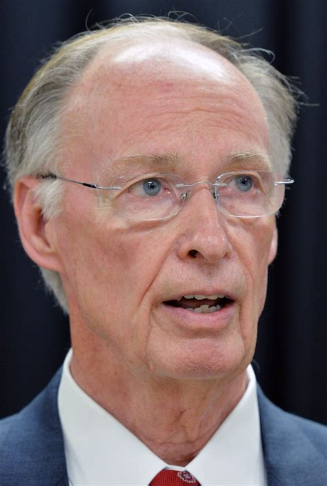 robert bentley alabama gov robert bentley s opponents pass threshold for