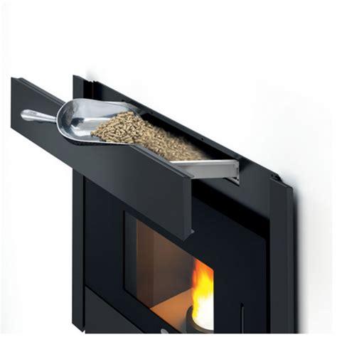 camino pellet camino inserto a pellet calor giove 18 kw idro 300
