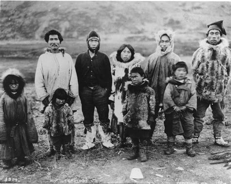 alaskan eskimo file eskimo and children wearing and western clothing alaska ca