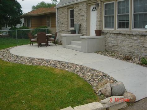 patio layouts and designs