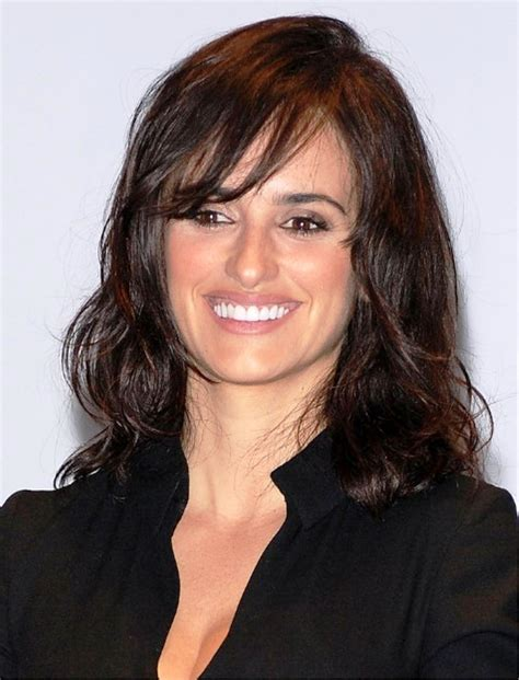 And Wavy Hairstyles Pictures by Pictures Of Layered Shoulder Length Wavy Hairstyle