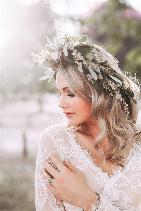 modern greenery wedding inspiration