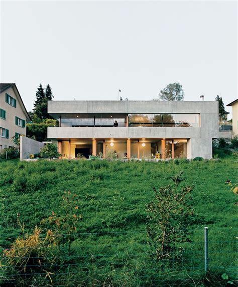 fertighaus sichtbeton haus am hang aus beton huizen h 228 uschen