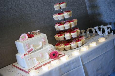 Wedding Cake Delivery by Wedding Cake Delivery Idea In 2017 Wedding