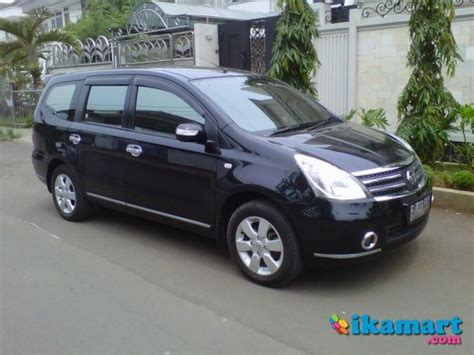 Karpet Grand Livina 2010 nissan grand livina 2010 matik ultimate hitam mobil