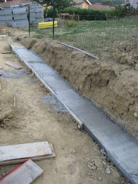 Fondation Mur Parpaing 5173 fondation mur parpaing fondation dun mur de cl ture en