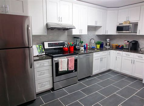 Kitchen Cabinets Columbus Ohio by Ice White Shaker Kitchen Cabinets Roselawnlutheran