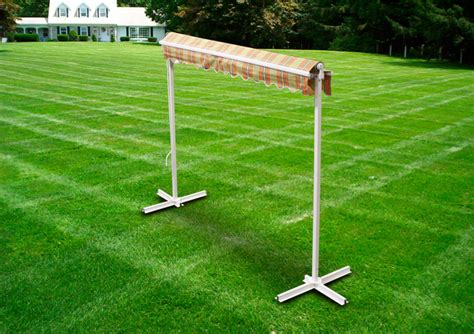deluxe motorized sided free standing retractable