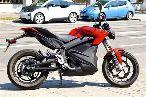 Elektro Motorrad Test 2015 elektro streetfighter zero sr im test motorrad tests
