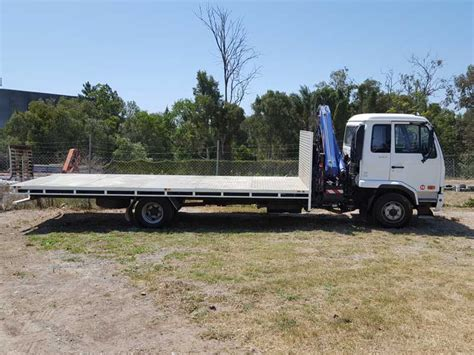 nissan truck white nissan ud mk6 crane truck 2008 white 8 used vehicle sales