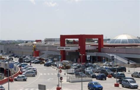 mediaworld roma porta di roma orari centri commerciali roma negozi di roma