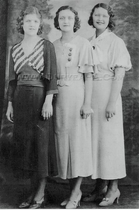 mid 30s fashion 1934 women s vintage fashion style photo print ad ladies