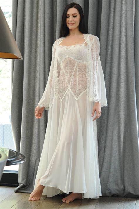 Negligee Ivory Lace Negligee Jane Woolrich Design 3884