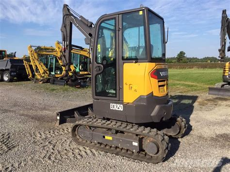 2015 volvo tractor for sale used volvo ecr25d mini excavators