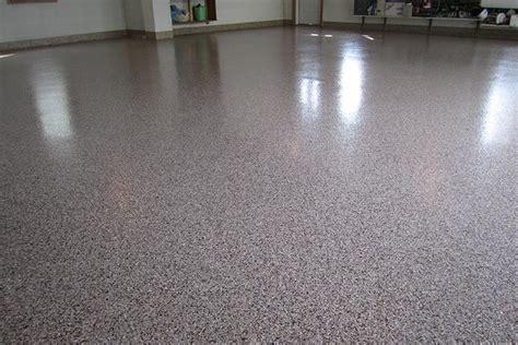 Closet Works Garage Floor Systems: Tiles and Epoxy Floor