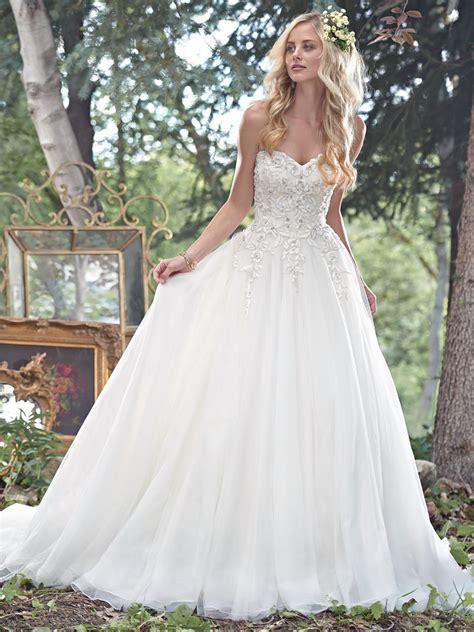 Gown Sweetheart Wedding Dress by Gown Sweetheart Neckline Wedding Dresses With