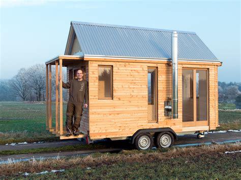 Motorradtransport Deutschland Schweiz by Tiny House Acht Quadratmeter Wohn T Raum Auf R 228 Dern