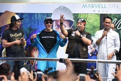 aktor film warkop dki reborn hari pertama warkop dki part 2 raih 300 ribu penonton