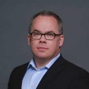 political writer paul wells joins the toronto star