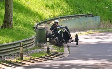 bugatti crash for 1924 bugatti t13 crash