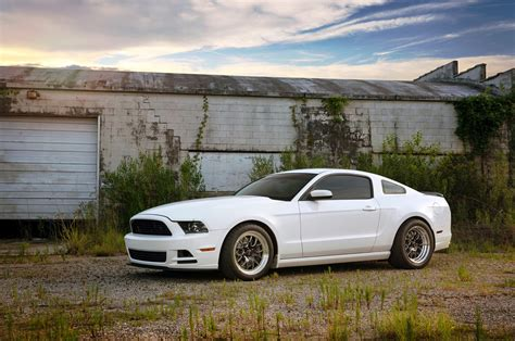 2013 ford mustang 302 big bad the 2013 ford mustang 302 with 1 145 hp