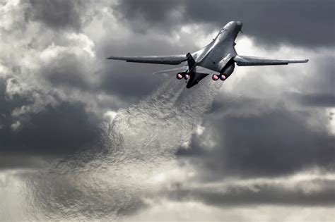 B1 On the aviationist 187 b 1 lancer