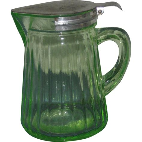 glass pitcher with lid 1920s 30s green glass syrup pitcher with load lid from knicknacnook on ruby
