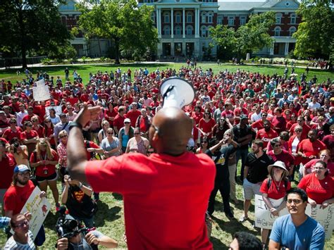 Missouri Student President School Has Racism Also Unity - missouri football coach gov nixon weigh in on student