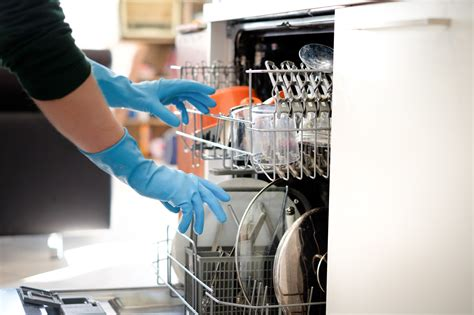 test lavastoviglie lavastoviglie siemens e bosch tra le migliori secondo