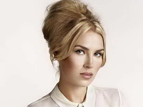 a hairstyle that can be styled feminine or masculine female hair style
