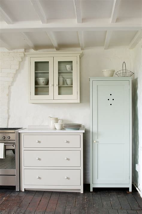 putty colored kitchen cabinets 1000 images about devol kitchens on pinterest devol