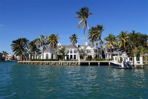catamaran cruise boca raton one of the big houses along the waterway picture of boca