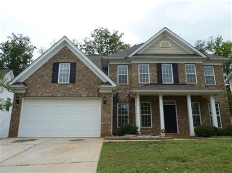 houses for sale 28269 5123 eagle creek drive unit 201 charlotte nc 28269 foreclosed home information