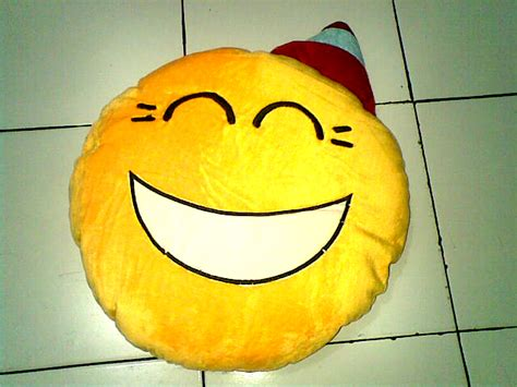 Sale Boneka Wisuda 40cm boneka emoticon murah hamster