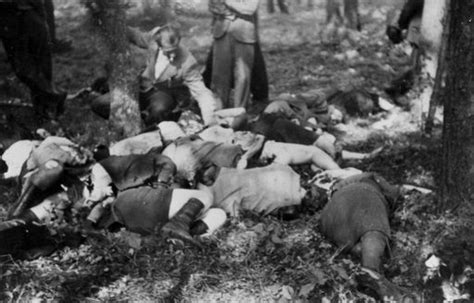 belzec concentration c belzec poland bodies of poles killed on their way to